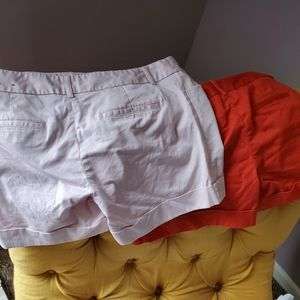 2 pairs of shorts